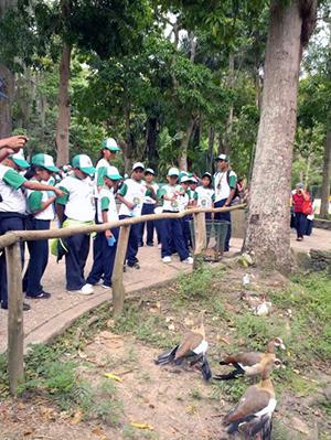 Zoológico de Caricuao cautiva a jóvenes del Plan Vacacional Municipal 2013