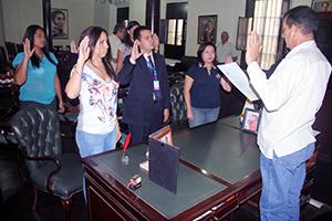 Juramentan a calificadores para escoger al auditor interno de la Alcaldía