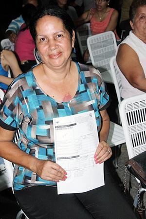 Carmen Rovaina, del sector de Mamo, agradeció al Alcalde su gestión y atención a la comunidad