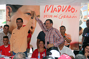Toledo acompañó al candidato Alcalá en Maiquetía