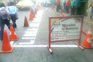 Alcaldía de Vargas demarca parada de la Línea de Taxis El Almendrón 1
