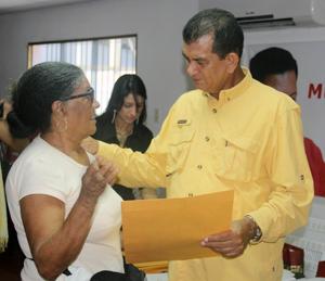 alcaldealexistoledotransfirirecursosacomunidadesdecatialamar