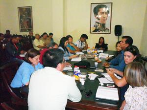 Durante el Gabinete Municipal el Alcalde Alexis Toledo ratificó su respaldo a las medidas implementadas contra la usura y la especulación de precios