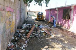 Retiraron escombros, cachivaches y otros