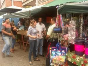 Una jornada de trabajo se efectuó en la parroquia Carayaca para reorganizar el comercio informal