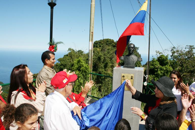 copia_de_inauguracion_plaza_bolivarsan_jose_de_galipan_025.jpg